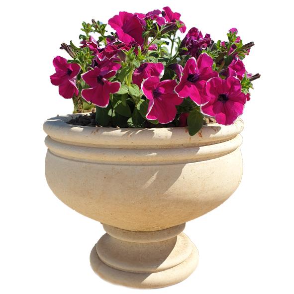 vaso in pietra leccese